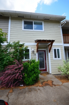 1706 Avalon Way #14 Hood River OR